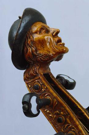 viola-da-gamba-kopf Edlinger Leizpig.jpg