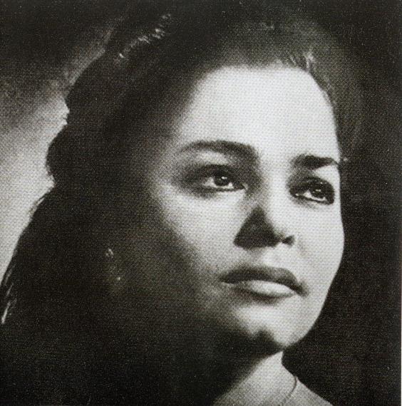 Lusine Zakarian (1937-1992).jpg