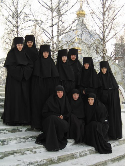 koor-van-de-zusters-van-Minsk.jpg