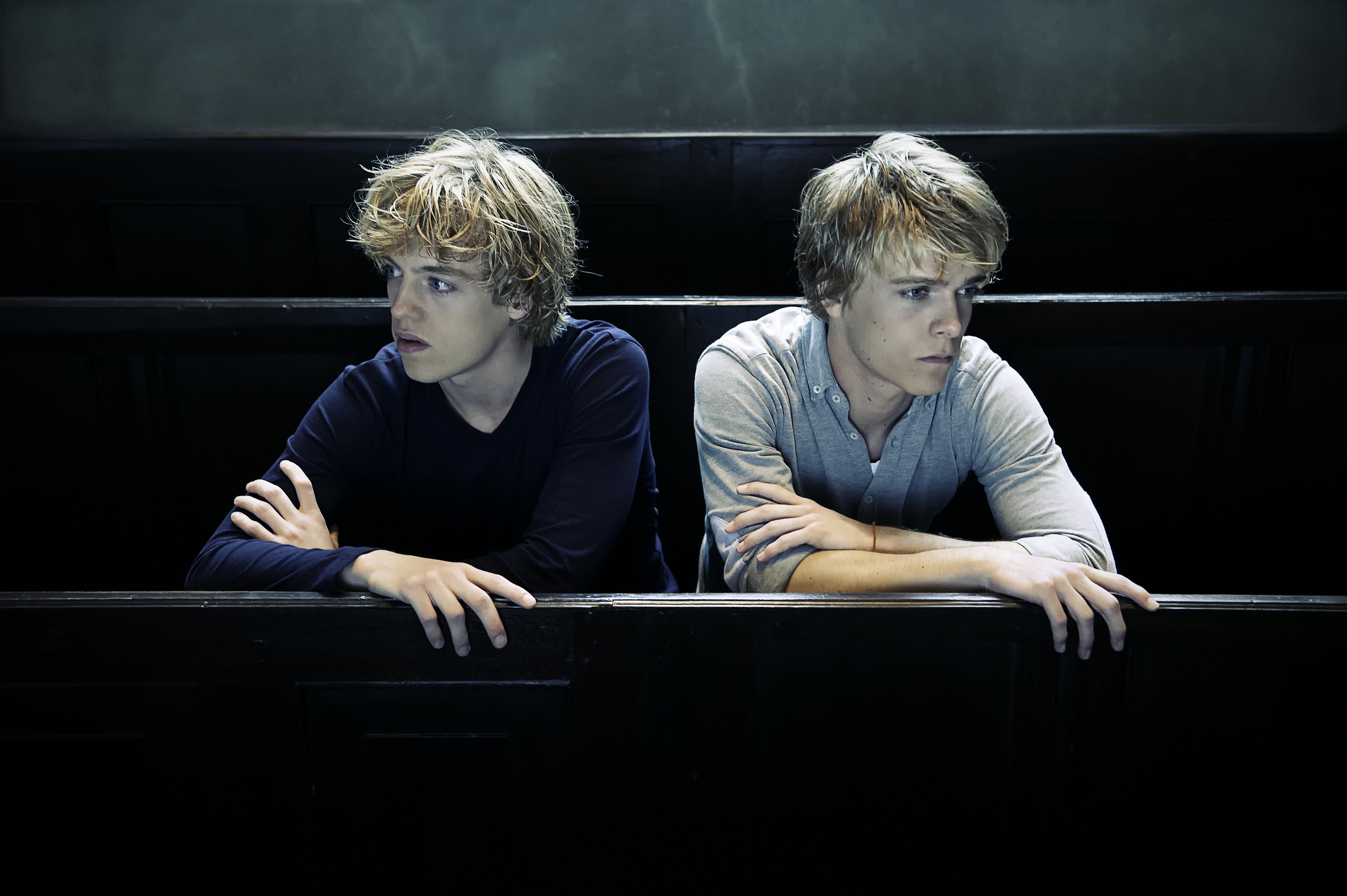 пианисты братья лукас и артур юссен фото этом